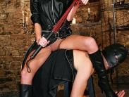 mistress-worship-4