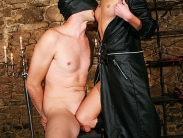 mistress-worship-9