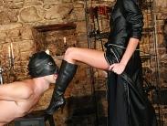 mistress-worship-3