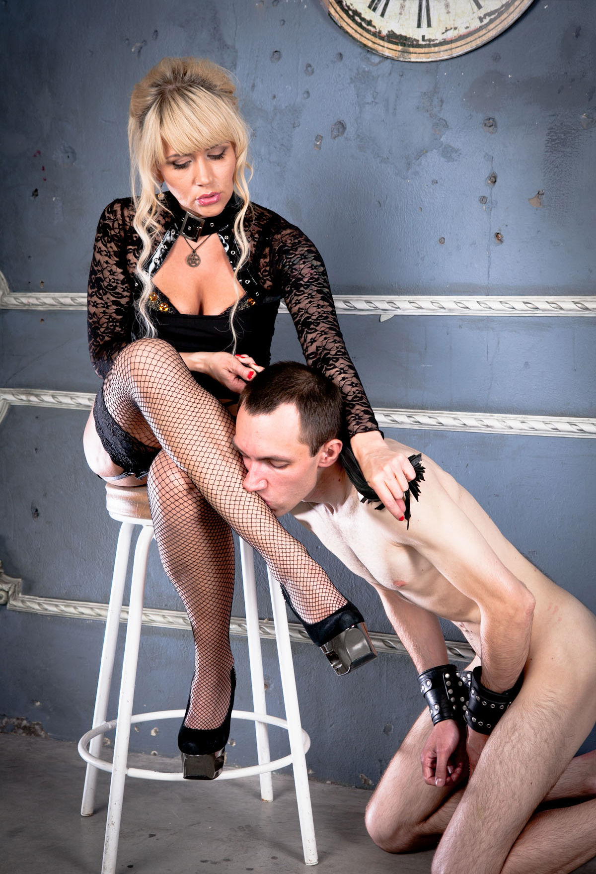 Female domination golden shower-7002