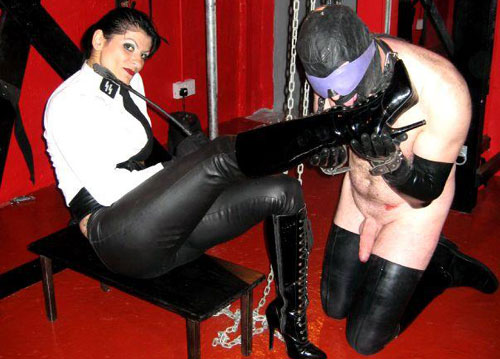 Mistress dometria